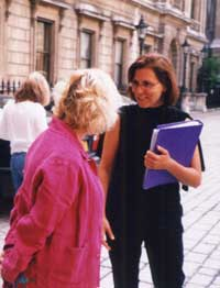 Joan Navarre at the Royal Academy leading the Heron-Allen walk